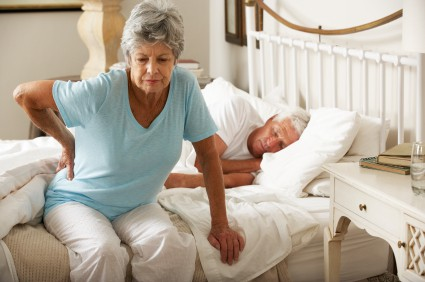 http://www.senioroutlooktoday.com/wp-content/uploads/2014/07/senior-back-pain.jpg
