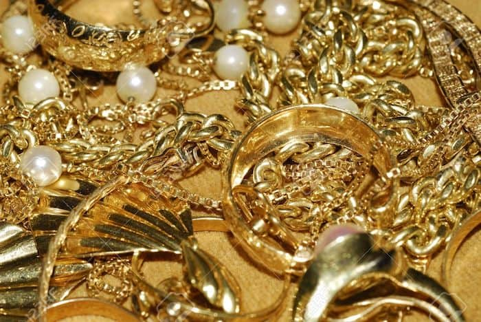 8 Tips To Buy Gold Jewelry Online Wisely